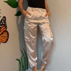 Missguided shiny pants elastic bottoms pockets